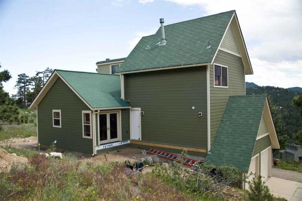 unique_home_remodels_denver_colorado_siding