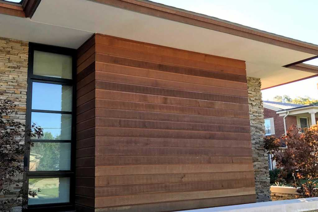 cedar_siding_for_denver_home